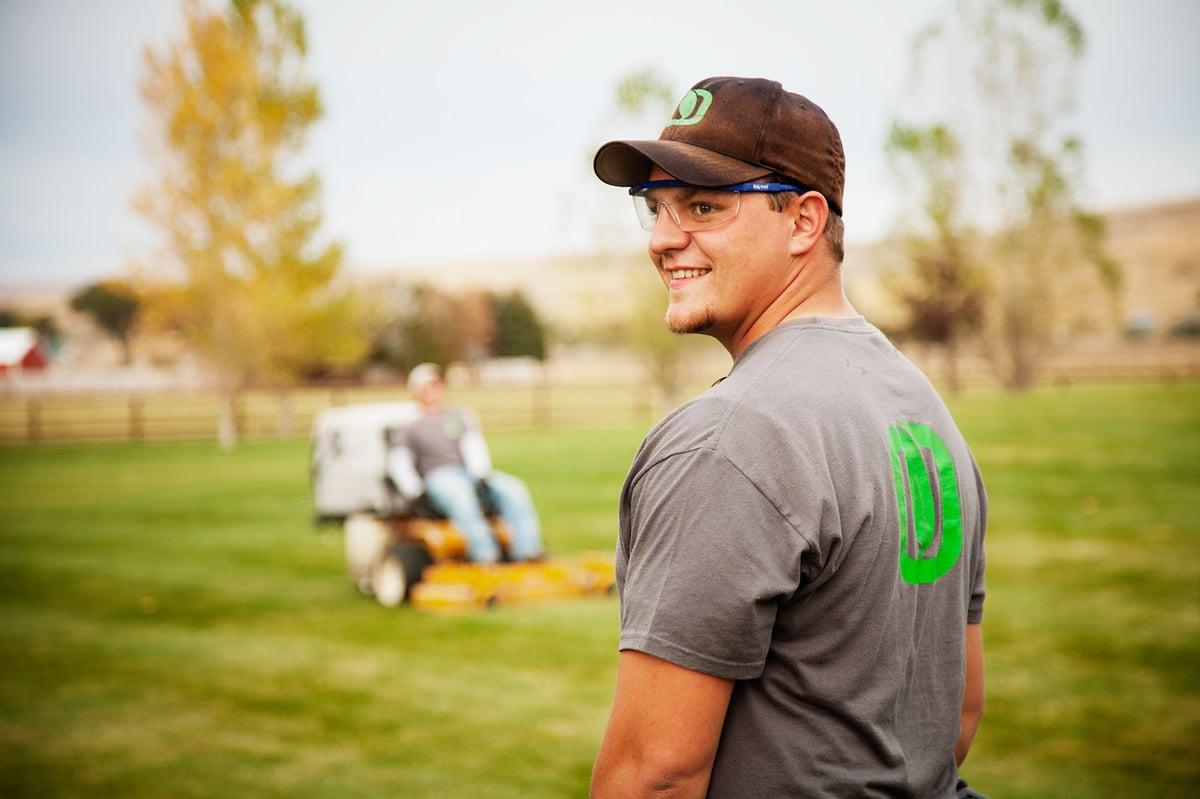 Idaho lawn care professional
